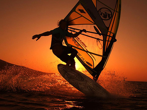 Windsurfing sunset trips