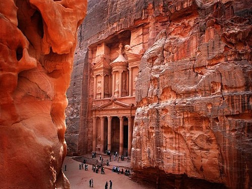 petra tour by air from sharm el sheikh