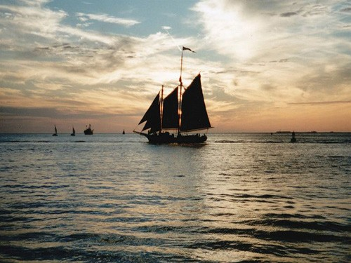 pirate boat sharm el shiekh tours