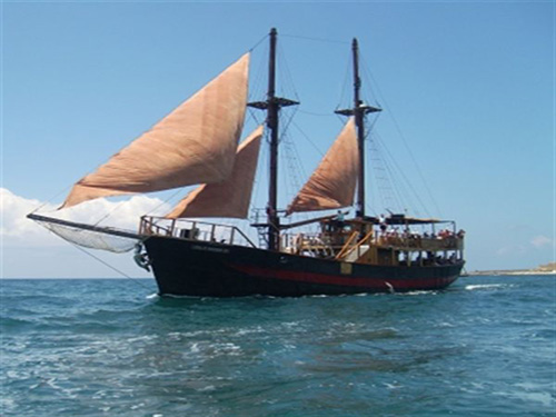 sharm el sheikh pirate boat excursion