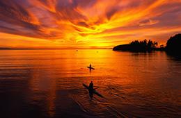 kayak sunset honey mooners