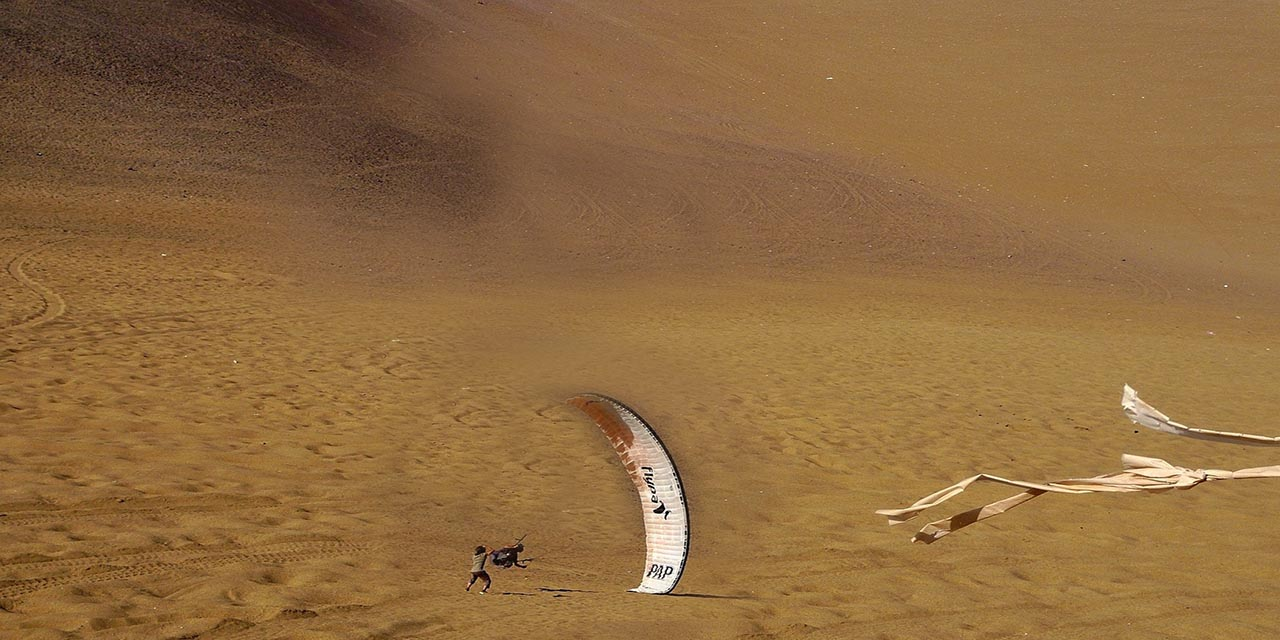paragliding in sharm el sheikh with sharmers