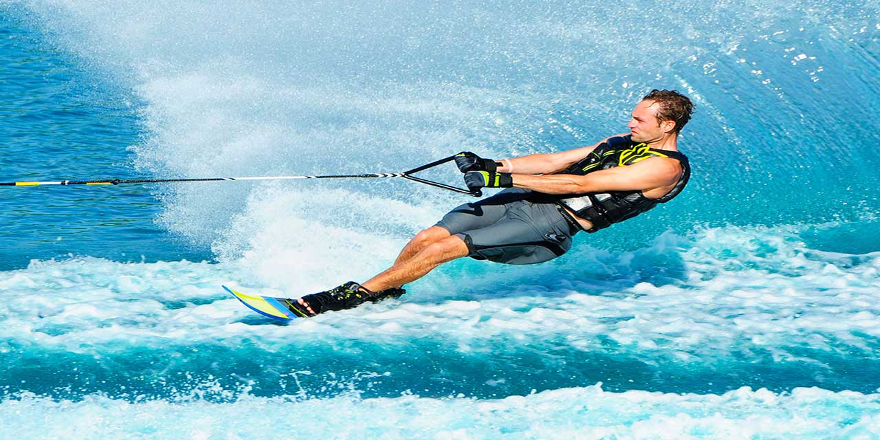 water-skiing-sharm-excursions-with-sharmers